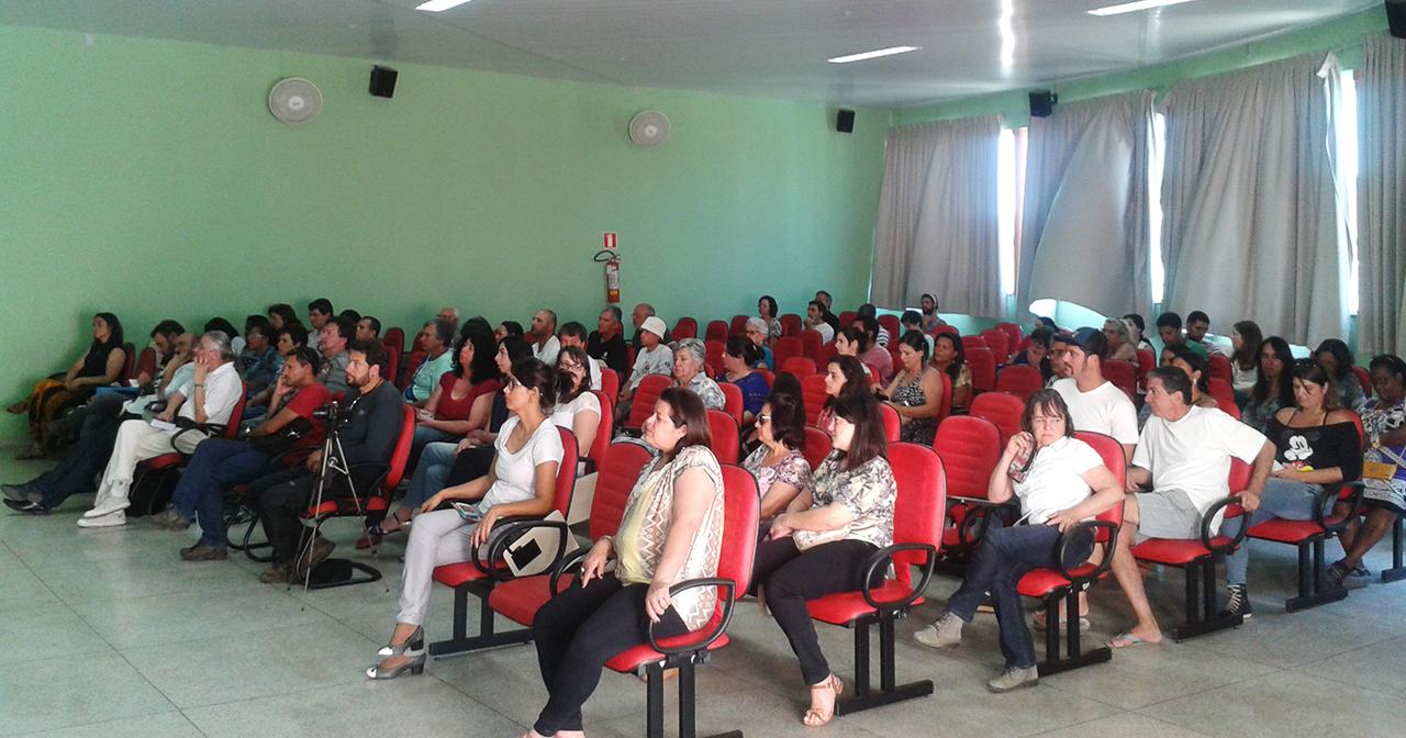 Cerca de 130 pessoas estiveram presentes no Seminário