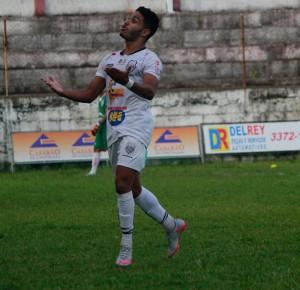 Villela já marcou 5 gols na Segundona