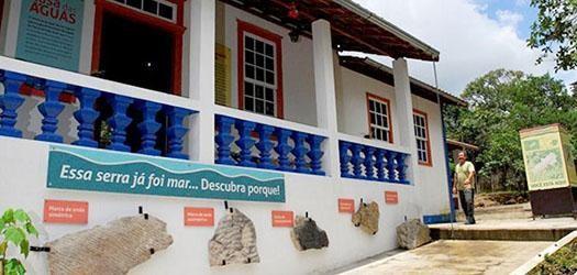 IEF conta com duas casas temáticas para orientação da população em relação à Serra (Foto: Gazeta)