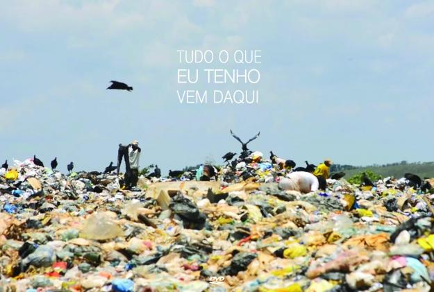 """A realidade do lixão são-joanesne foi relatada no filem """"Tudo que eu tenho vem daqui"""". FOTO: Divulgação IF Sudeste São João del-Rei"""