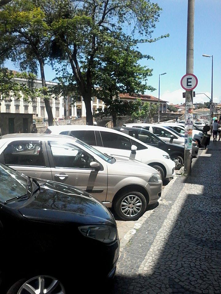 A Avenida Tancredo Neves também fará parte do sistema de estacionamento rotativo são-joanense. FOTO/VAN: Jéssica Corrêa.