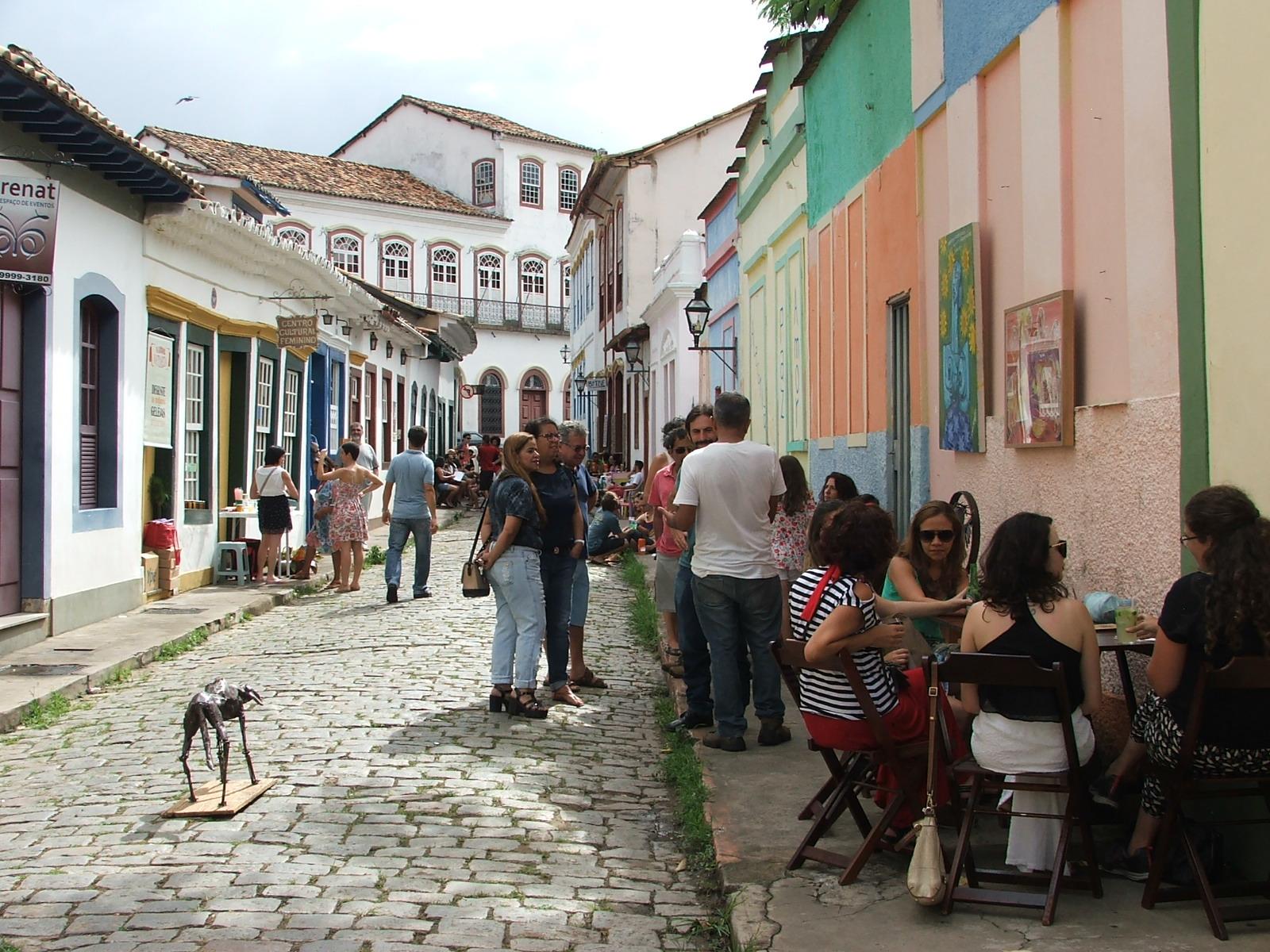 Feira da Boa Zona resgata tradição e cultura em São João