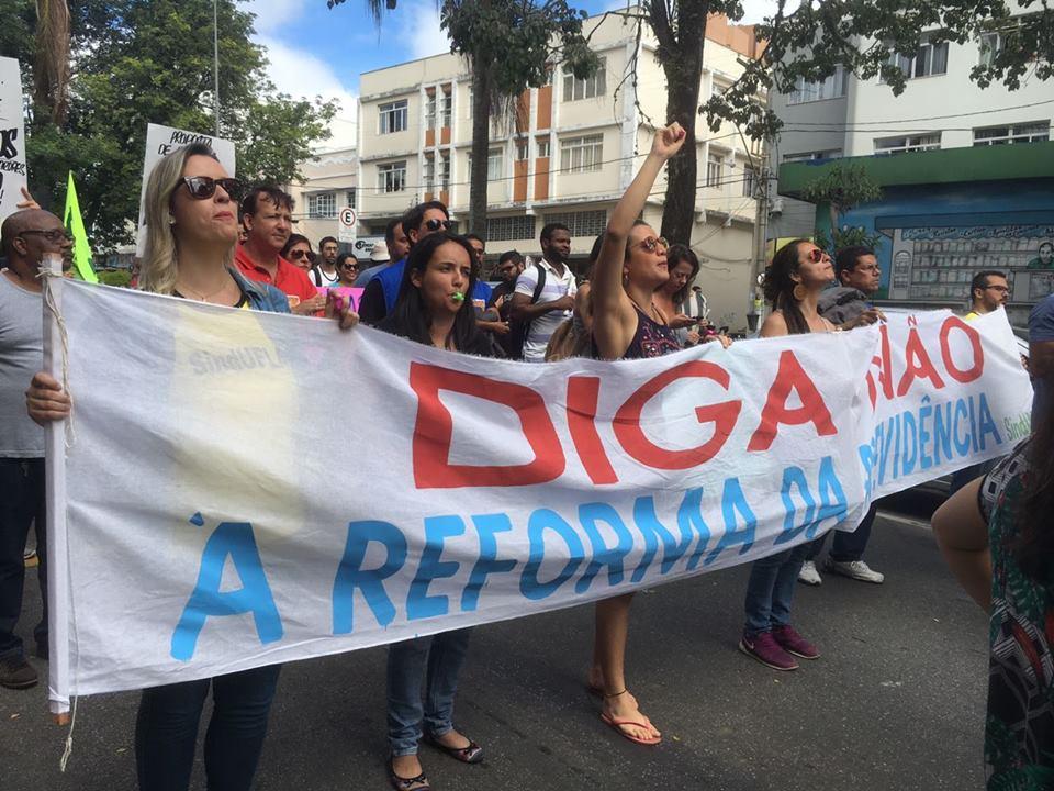 Dia do Trabalho reflete tensão da classe trabalhadora após protestos