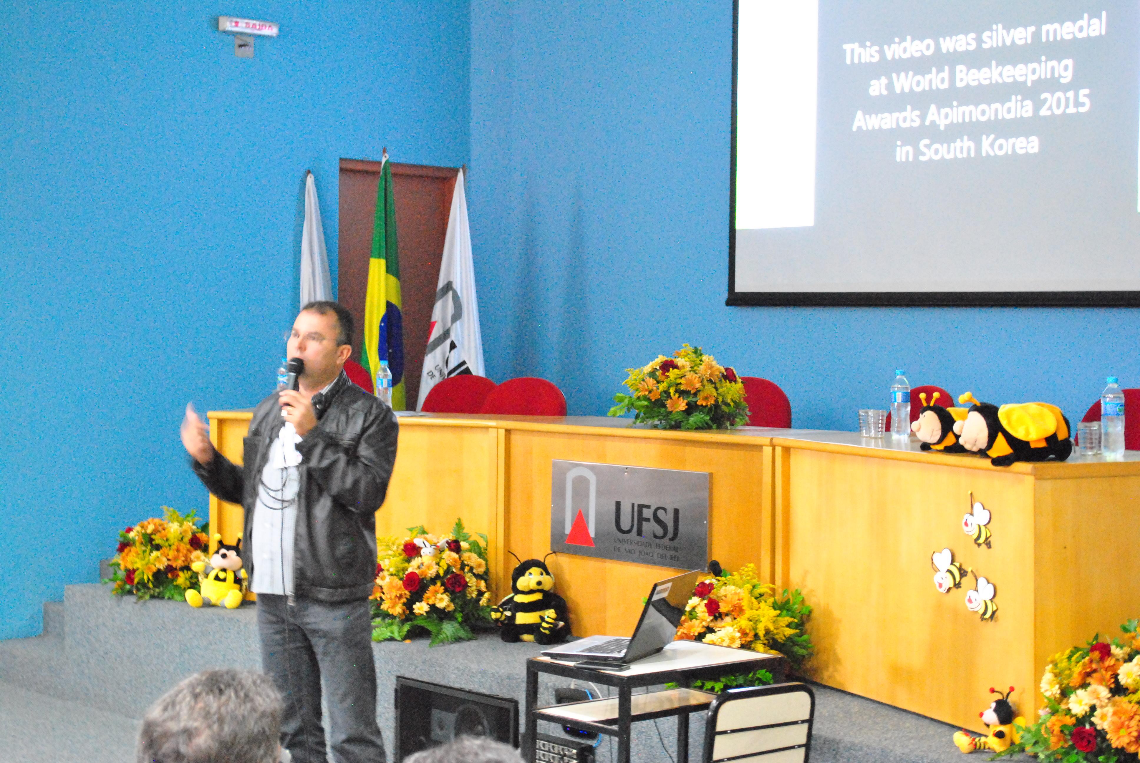 GEAPIS realiza seu V Seminário Apícola na UFSJ