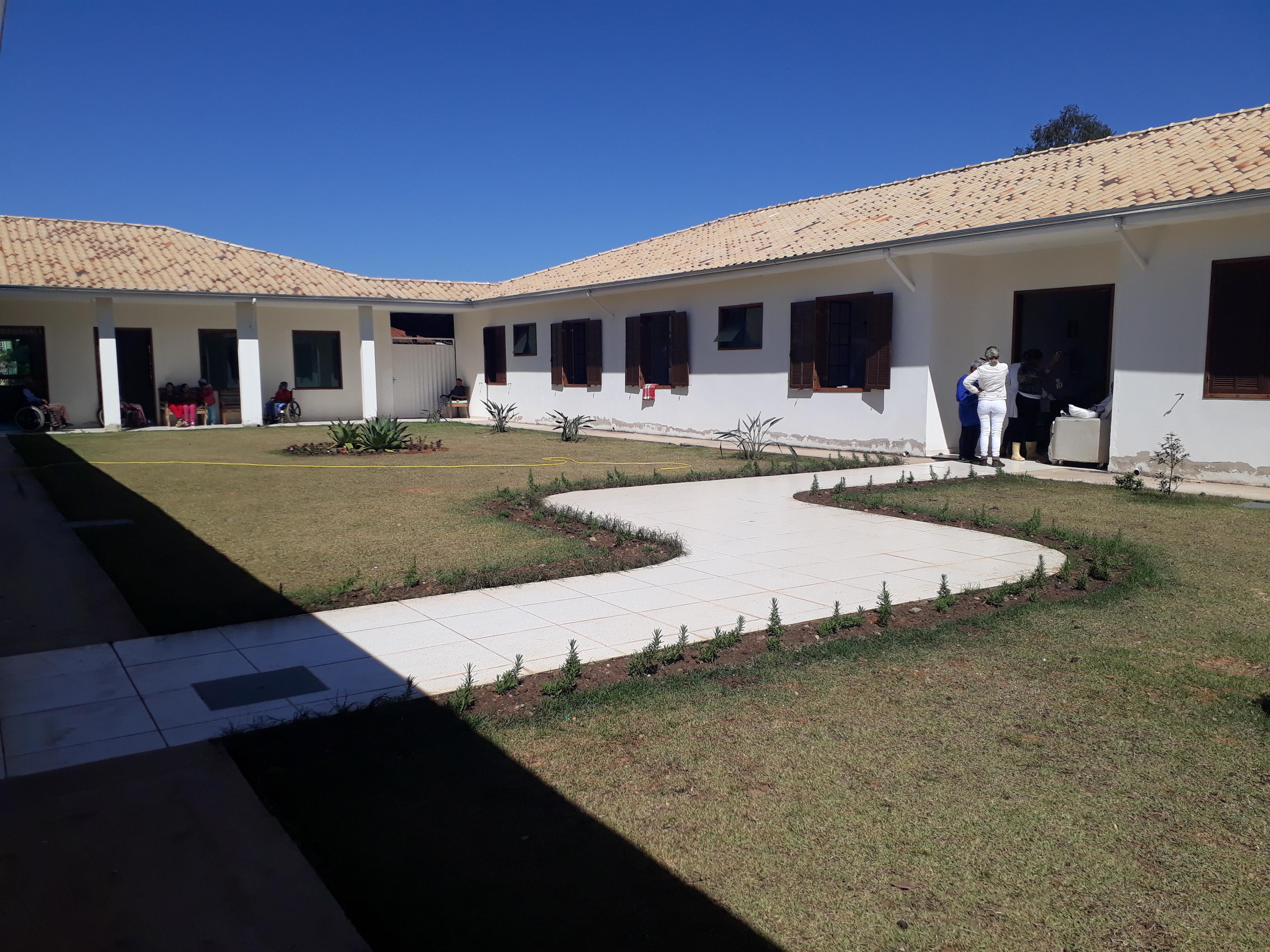 Abrigo Tiradentes celebra aniversário em Setembro