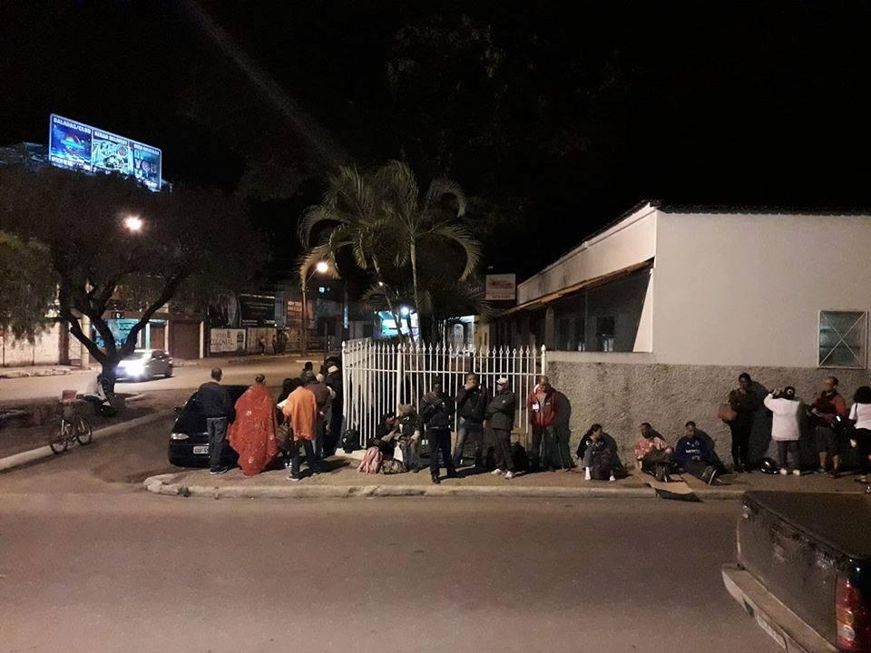 Policlínica do Matozinhos enfrenta fila e confusão para marcação de consultas